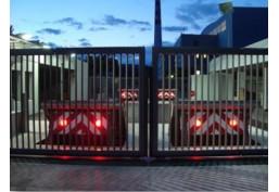 Elkosta Wedge Barrier – maximálna bezpečnosť pre citlivé príjazdy